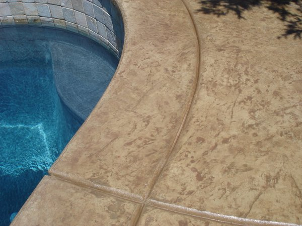 Custom Swimming Pool Deck Design